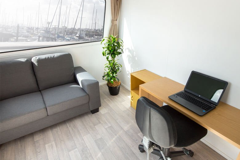 green-room-office-trailer-2