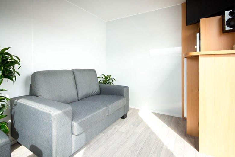 green-room-office-trailer-3