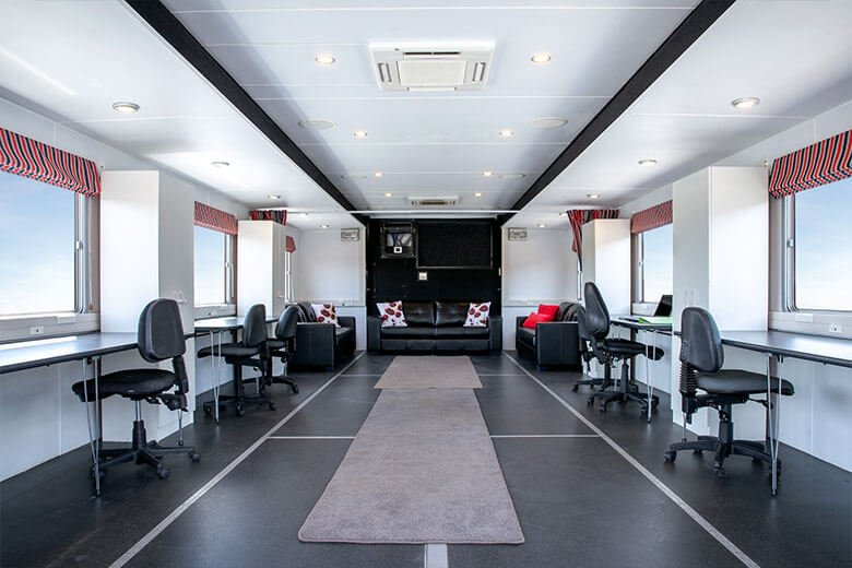 grrilla-truck-interior-2