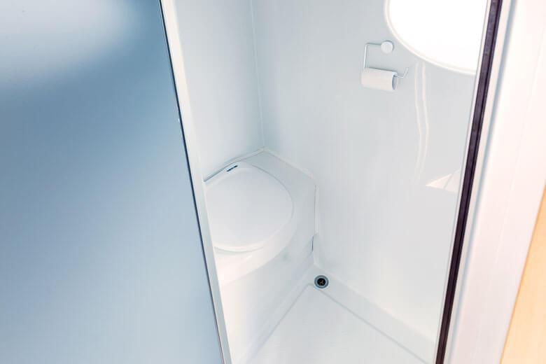 motorhome-rv-bathroom